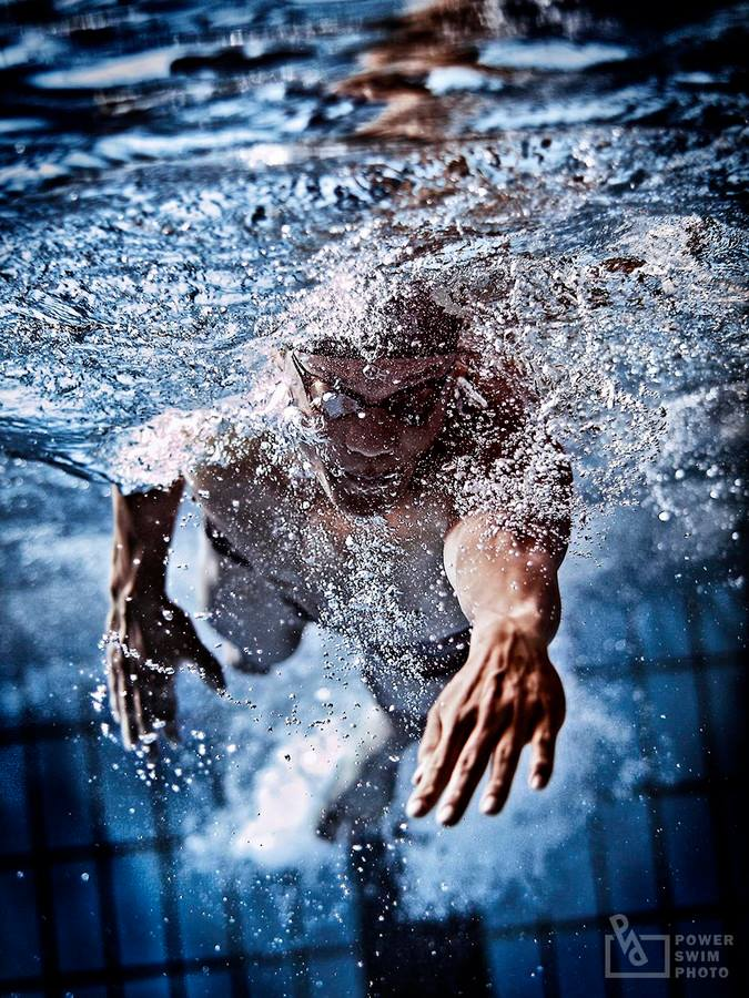 Powerful-Swimmer-by-Junya-Nishigawa-httpbit.lyTAAC5v.jpg